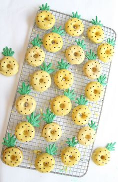pineapple donuts | sarah makes stuff Mini Donuts, Cute Donuts, Donuts Donuts, Baked Donuts, Delicious Donuts, Yummy Food, Cute Baking, Donut Decorations, Donut Party