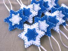 10 blue felt Star of David decorations, Hanukkah ornaments, Chanukah blue and white decor, Jewish – Hanukkah Jewish Hanukkah, Hanukkah Crafts, Jewish Crafts, Hanukkah Decorations, Felt Decorations, Jewish Christmas, Felt Christmas, Christmas Crafts, Felt Diy