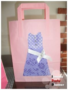 Mother's day: dress bag