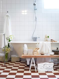 a serious bathing station. Bathroom Toilets, Laundry In Bathroom, Ikea Bathroom Accessories, Ikea Bank, Ikea Inspiration, New Beds, Amazing Bathrooms, Interior Design, House Styles
