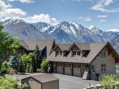 Leavenworth lodge rental - Lodge overlooking Enchantment Peaks