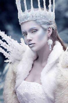 Ice Queen halloween makeup, costume, etc. Ice Makeup, Ice Queen Makeup, Makeup Art, Ice Princess Makeup, Snow Makeup, Makeup Ideas, Snow Fairy, Winter Fairy, Halloween Makeup Looks