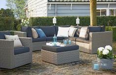 Loungeset Cordoba: verfrissend door de turquoise decoratie en accessoires #tuin #relaxen