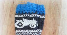 Fant et bilde av noen sånne Marius-Traktor-Sokker på nettet og fant ut at det var den perfekte gaven til en kompis av oss.  ... Knitted Hats, Diy And Crafts, Beanie, Knitting, Fashion, Moda, Tricot, Fashion Styles, Breien