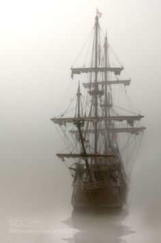 El Galeon Fog by Greg Waters / Old Sailing Ships, The Pirate King, Ghost Ship, Pirate Life, Tall Ships, Pirates Of The Caribbean, Character Aesthetic, Ship Art, Belle Photo