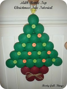 Tutorial : Christmas Tree from milk bottle tops by Booty-full things