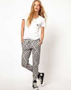 Shop Zoe Karssen Chevron Sweatpants at ASOS. Girl Fashion, Fashion Outfits, Womens Fashion, Asos Fashion, School Fashion, Looks Style, Style Me, Simple Outfits, Cute Outfits