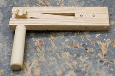 5 steps to make a Wooden Ratchet Noise Maker