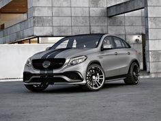 Voir cette image sur PhotosCar: La Mercedes-AMG GLE 63 Coupé avec un moteur V8 biturbo est l'un de ceux qui l'aiment ou détestent les modèles. Set pour rivaliser avec la BMW X6 populaire qui avait à peu près le marché des deux dernières années, la Coupe GLE 63 est en train de faire un nom pour lui-même et est soumis à un grand nombre des derniers programmes de réglage.