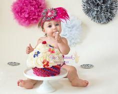 1 year old portraits, cake smash session, zebra birthday theme Zebra Birthday, Birthday Ideas, Babies Pics, Old Portraits, Cake Photography, 1 Year Olds, Photographing Kids, Cake Smash, Baby Pictures