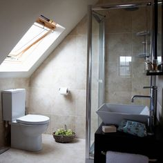 Small bathroom in the eaves.