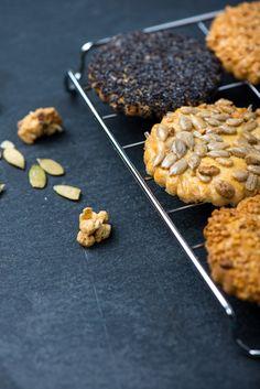 Slané špaldové sušenky Waffles, Cereal, Muffin, Cookies, Baking, Breakfast, Sweet, Recipes, Food