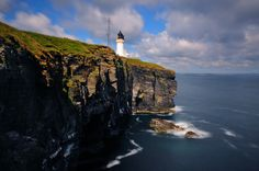 Noss Head lighthouse (near Wick), Caithness, Scotland North Highlands, North Coast 500, Ancient Buildings, Route 66, Scotland, Wicked, Wanderlust, Europe, Sea
