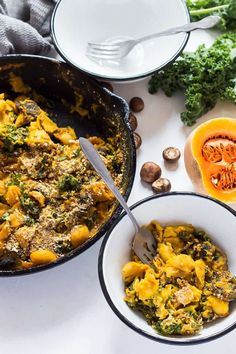 A pan of creamy, hearty comfort food - this Vegan Pasta Bake is an exciting gluten free take on baked pasta. With mushrooms, kale and butternut squash sauce Vegan Pasta Bake, Creamy Vegan Pasta, Butternut Squash Pasta Sauce, Lentil Pasta, Baked Pasta Recipes, Vegan Recipes, Vegan Meals, Vegetable Pasta Bake, Casserole Dishes