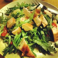 seared chicken salad with white asparagus, green beans, cherry tomatoes and ruccola