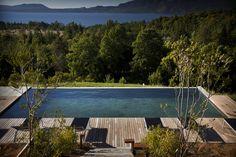 Lake Lodge con vista al lago Pucòn-Chile www.lakelodge.cl