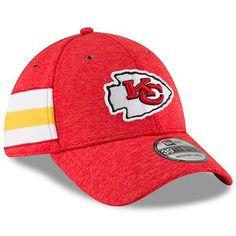 59010ac90e6188 Youth New Era Red Kansas City Chiefs 2018 NFL Sideline Home 39THIRTY Flex  Hat Kansas City
