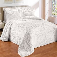Circle Chenille Bedspread & More | Bedspreads | Brylanehome