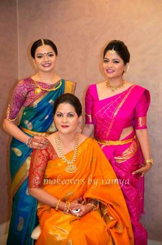 Are you looking for quality Designer Indian Sari something like Elegant Design Saree also Bollywood sari then CLICK Visit link for more details indianfashion Modern Saree, Indian Silk Sarees, South Indian Bride, Indian Bridal, Designer Blouse Patterns, Kanchipuram Saree, Saree Look, Elegant Saree, Indian Attire
