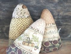 Sale...Primitive Fall Candy Corn bowl fillers ... set of 3