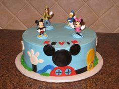 mickey mouse cake ideas   Shannon's Creative Cakes: Mickey Mouse Clubhouse Cake and Cupcakes
