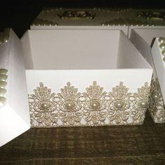 São detalhes como esse que deixa ainda mais linda a caixa de MDF.. #Caixaspersonalizada #bicodegripi #linda #sofisticada #luxo