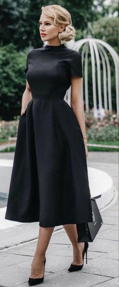 casual dress for funeral best outfits is part of Black dresses classy - Take a look at the best casual dress for funeral in the photos below and get ideas for your outfits! Black & midi, the perfect combo for classy!