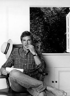 Harrison Ford, cooler than cool in bare feet