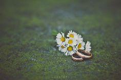 wedding rings via Flickr.