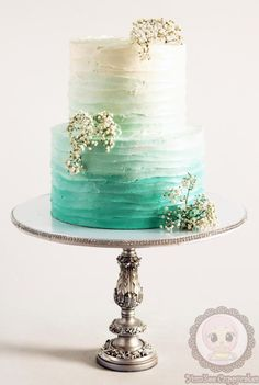 Ombre buttercream cake - Cake by YumZee_Cuppycakes