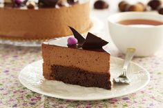 Tarta de mousse de chocolate con base de brownie. Descubre nuestra receta.