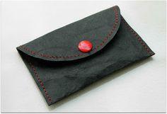 Miehelle kans - SnapPap purse