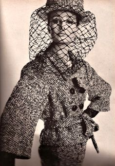 Monique Chevalier in tweed suit with belted jacket by Lanvin-Castillo, straw sailor has large mesh veil, photo by Irving Penn, Vogue, Mode Vintage, Vintage Vogue, Vintage Glamour, Retro Vintage, Guy Laroche, Vintage Beauty, 1960s Fashion, Love Fashion, High Fashion