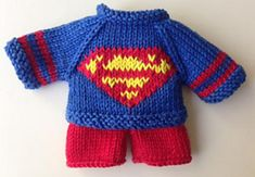 My knitted Superman outfit for knitted animals. Sweater and pants patterns by Little Cotton Rabbits. Knitted Bunnies, Knitted Animals, Knitted Dolls, Bunny Rabbits, Baby Bunnies, Knitting For Kids, Free Knitting, Baby Knitting, Knitting Patterns