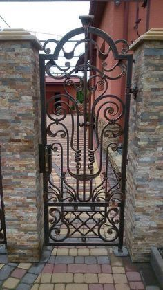 Best And Popular Front Door Tor Design, Gate Design, Metal Gates, Wrought Iron Gates, Steel Gate, Steel Doors, Gate Decoration, Iron Art, Iron Decor
