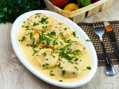 Perișoare în sos cremos – o mâncare caldă, suculentă și extrem de aromată!