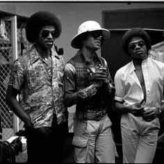 MICHAEL ... WITH BROTHERS JACKIE AND RANDY Michael Jackson Loving You, Michael Jackson Pics, Randy Jackson, Jackson Family, He Is My Everything, The Jacksons, Archangel Michael, Motown, Destiny