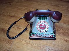 2001 Coca-Cola..Coke Stained Glass Tiffany Style Push Button Phone Lights Up !!