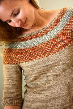 Pullover pattern by Julia Trice Ravelry: Yukiya Pullover pattern by Julia Trice - How beautiful, and I love the color choices.Ravelry: Yukiya Pullover pattern by Julia Trice - How beautiful, and I love the color choices. Stitch Patterns, Knitting Patterns, Crochet Patterns, Fair Isle Knitting, How To Purl Knit, Slip Stitch, Knitting Stitches, Couture, Knitting Projects