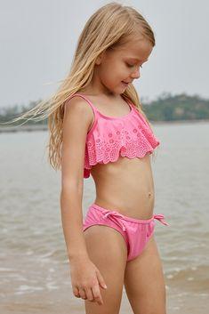53cbbcb889aec US  5.73-Pink Hollow-out Ruffles Overlay Girls Bikini Set Dropshipping  Bikini Set