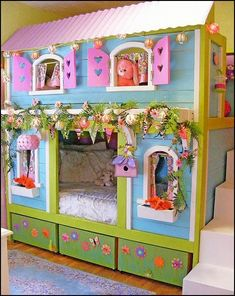 girls doll house theme bed-fun theme beds girls bedrooms