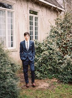 Wedding Ideas: groom-navy-suit-brown-shoes-gray-tie