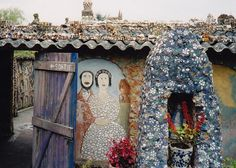 La Maison Picassiette, Chartres by Pink Insect, via Flickr