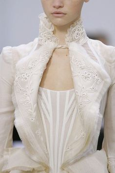Balenciaga Spring 2006 The shape of the neckline and the lapels in the jacket are superb.