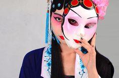 Tire a máscara e viva a verdade....