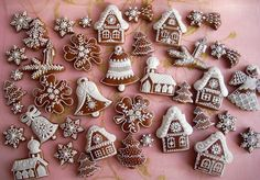 Czech decorated cookies. Ginger Cookies, Sugar Cookies, Spice Cookies, Christmas Gingerbread, Gingerbread Cookies, Holiday Cookies, Holiday Treats, Czech Desserts, Honey Cake