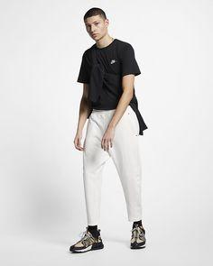 bada45b2fb7 Black Cat print silk bowling shirt - Gucci Men s Dress Shirts ...