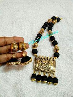 Silk thread jewelry Silk Thread Bangles Design, Silk Thread Necklace, Silk Bangles, Beaded Necklace Patterns, Jewelry Patterns, Necklace Designs, Beaded Jewelry, Fancy Jewellery, Thread Jewellery