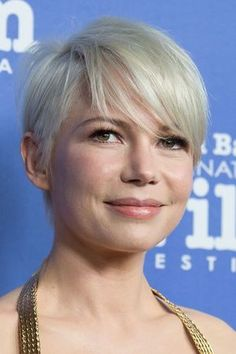 From tousled waves to pixie crops - see Michelle Williams' best hair looks Pixie Crop, Short Pixie, Short Hair Cuts, Short Hair Styles, Short Cropped Hair, Pixie Hairstyles, Pixie Haircut, Cool Hairstyles, Haircuts