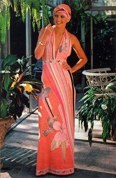 Leonard Paris c.1976 Vintage 70s, Vintage Fashion, Paris Photos, Alberta Ferretti, The Chic, Fashion History, 1970s, Wrap Dress, Style Inspiration